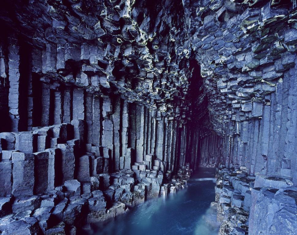 Gruta de Fingal (Escocia)
