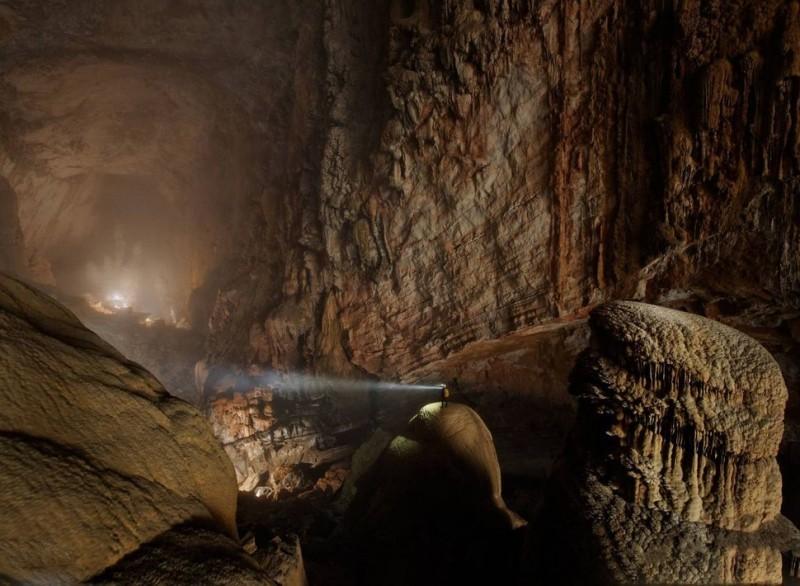 Son Doong Cave (Vietnam)