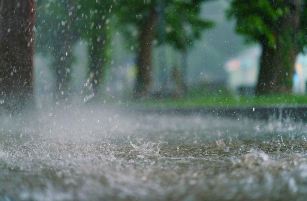 10-curiosidades-sobre-huracanes-lluvia
