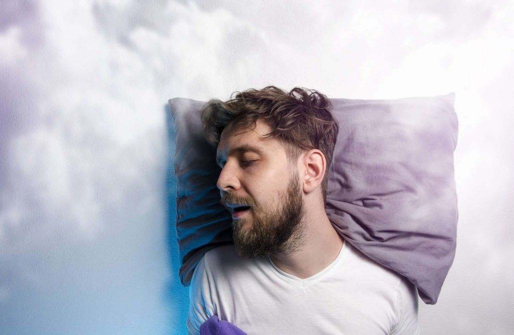 Curiosidades-sobre-el-sueno-y-los-suenos-dormir-hombr